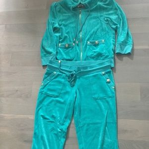 Juicy couture sweat suit